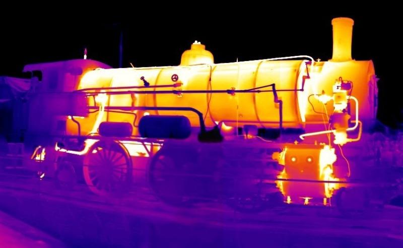 infrared vs thermal camera